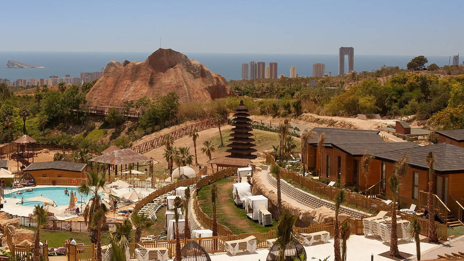 Magic Natura Animal, Waterpark & Polynesian Resort Benidorm